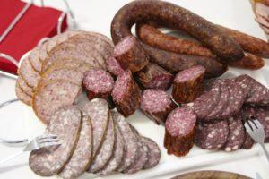 sausage-2109025_1280